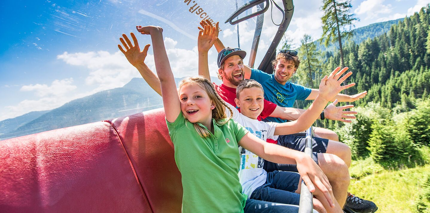 Seilbahn-Wandern im Sommerurlaub in Flachau